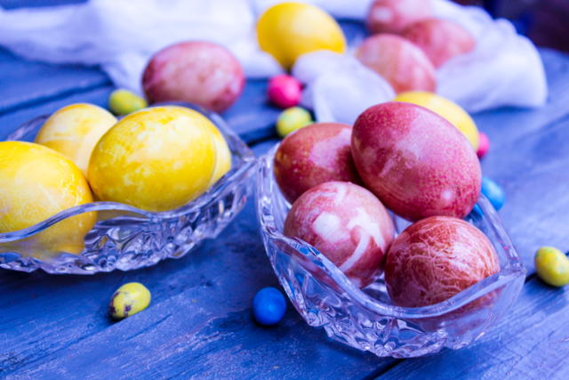 Natural Egg Dyes using Beets and Turmeric