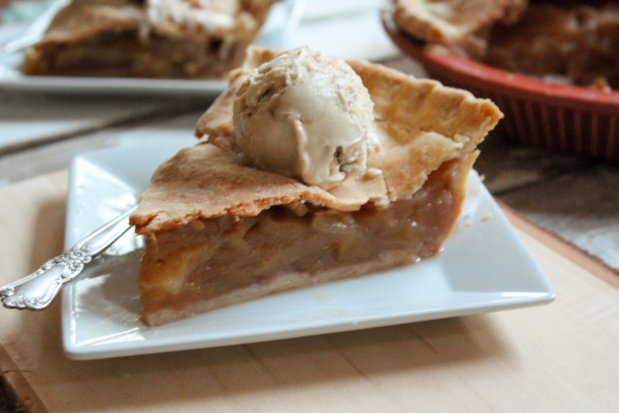 Family Recipe Vegan Apple Pie
